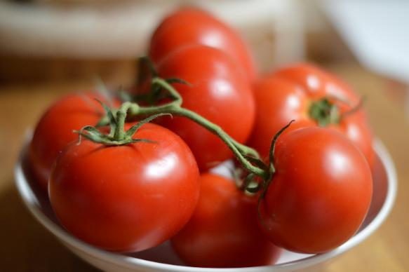 Tomatoes are a natural source of  lithium