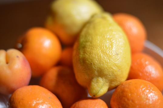 oranges and lemons help prevent bruises