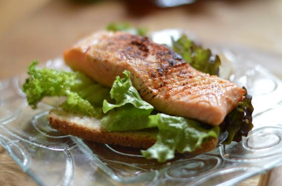 Foods that stop snoring for Substitute for fish food